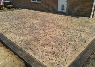 Ashlar Slate Stamp Patio with Border