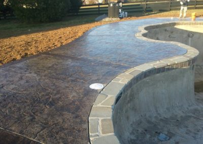 Jumbo Texture Pool Deck with Decorative Masonry Borders