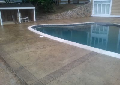 Patio Pool Deck with Border